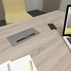 INBOX gniazdo wpuszczone w blat biurka widok z zamkniętą pokrywą